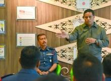 Majlis Perasmian Penutupan Kursus Perlesenan yang disempurnakan oleh Komandan Akademi Bomba Wilayah Utara
